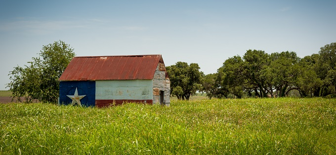 Texas barn in field